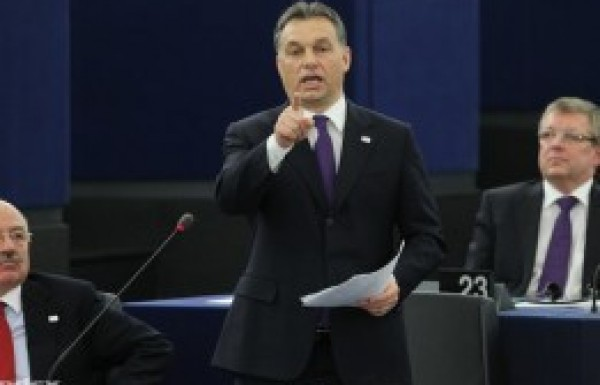 Fighting for Hungarian votes in Strasbourg